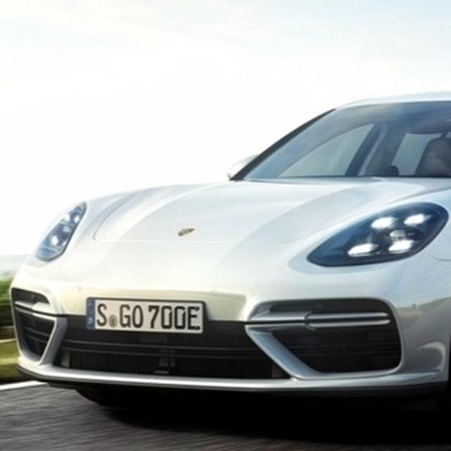 Porsche Panamera Turbo S E-Hybrid Sport Turismo revealed