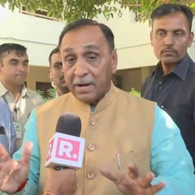 Anthem debate hits Gujarat polls