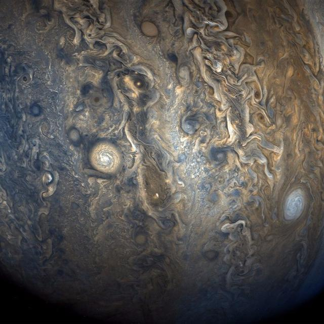 JUPITER'S VIBRANT CLOUDS
