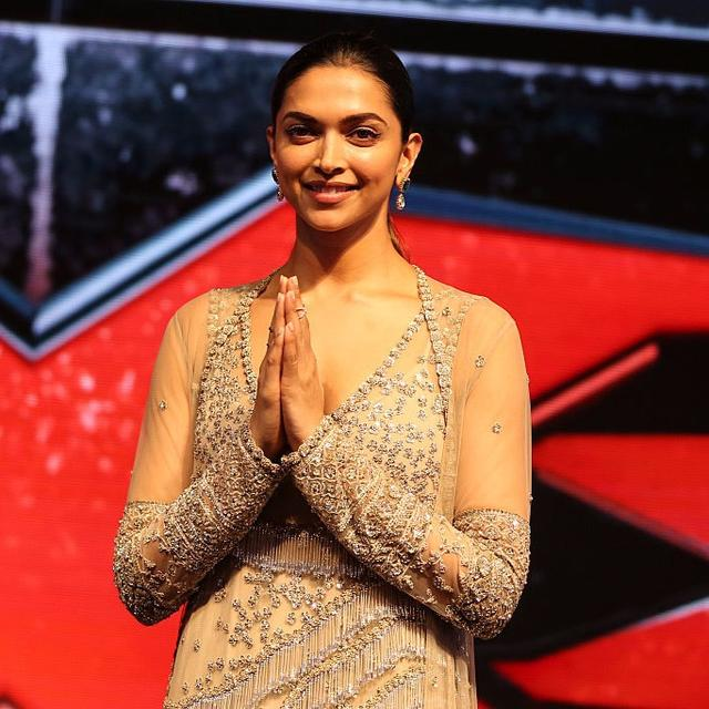 DEEPIKA AVOIDS PUBLIC EVENT