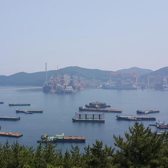 SOUTH KOREA TO INSTALL ARTIFICIAL REEFS