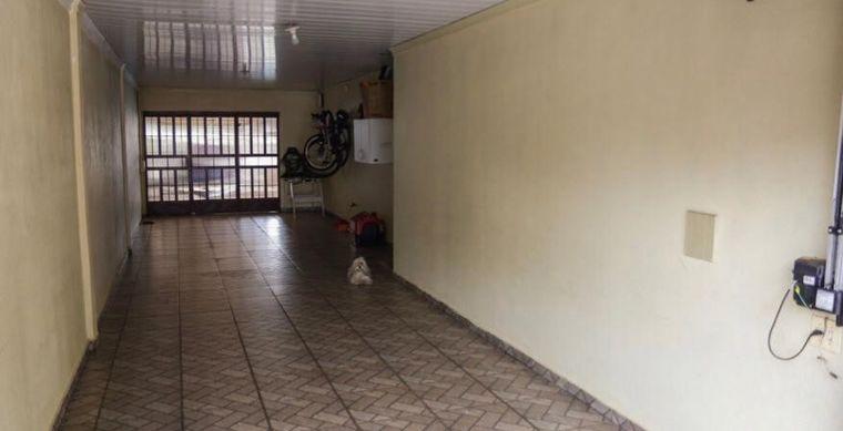 Casa em Toledo-PR no bairro Vila Pioneiro  - Rua do Pinhal, 303, Casa com piscina e edicula