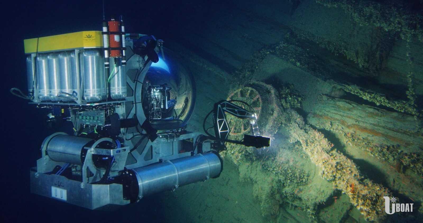 Exclusive Submarine Diving