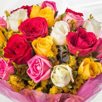 20 Mixed Roses with Zoomed View