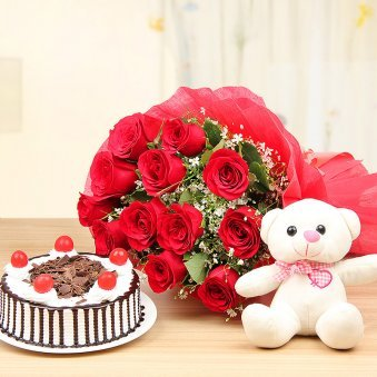 Lady Charmers Ultimate Combo Of Teddy Cake And 12 Red Rose Flowers