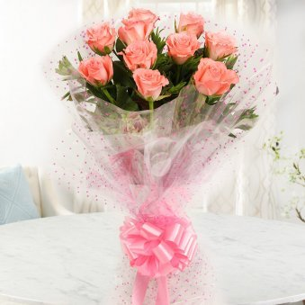 10 Pink Roses Bunch with Front View
