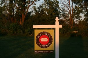 Rolling Pin Bakehouse sign