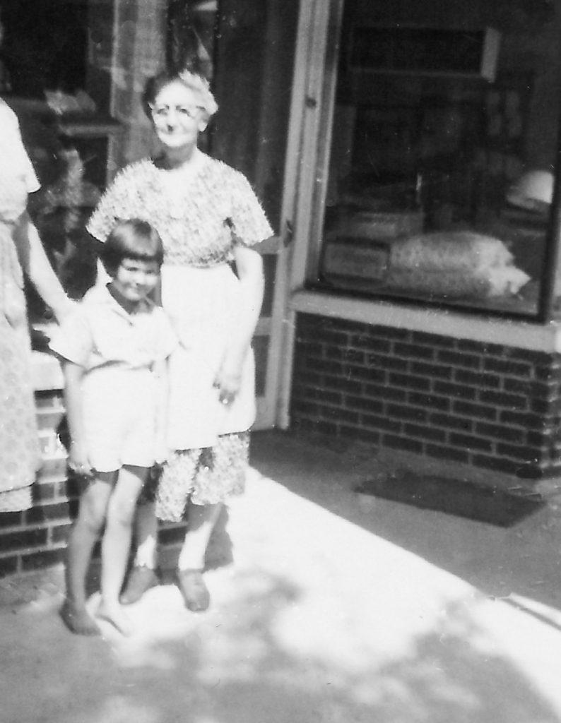Great-Grandma Gradeless at pie shop