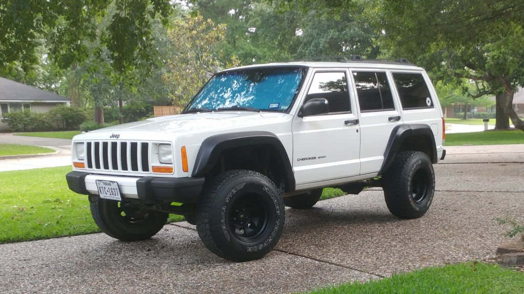 nice and clean 2001 Jeep Cherokee Sport 4×4