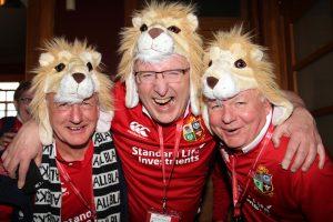 lions-fans