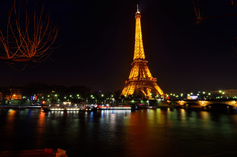 eiffel-tower-paris-france-rugby-tours