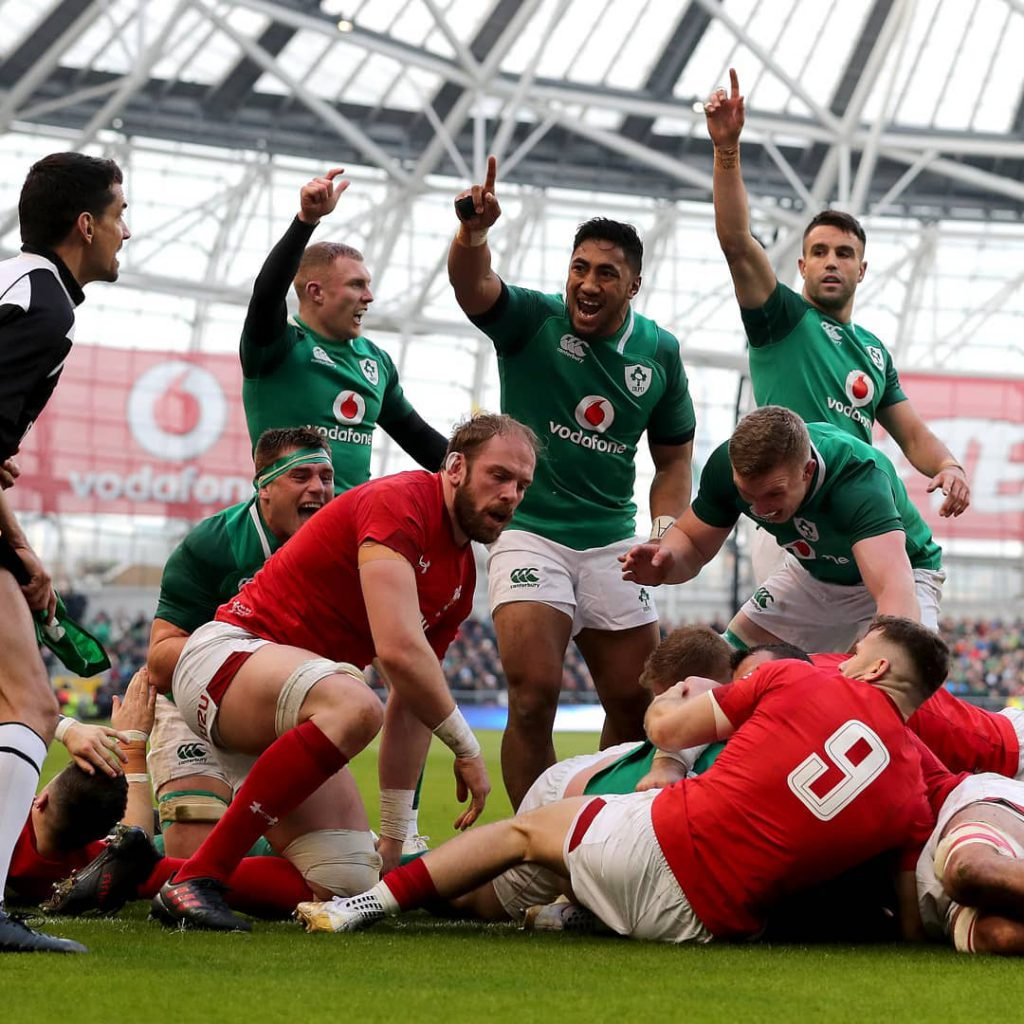 munster-players-celebrate-ireland-try-against-wales-in-six-nations