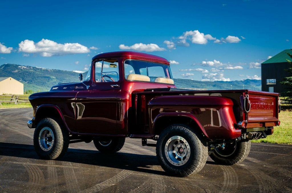 restomod 1955 Chevrolet Pickup 4×4 offroad