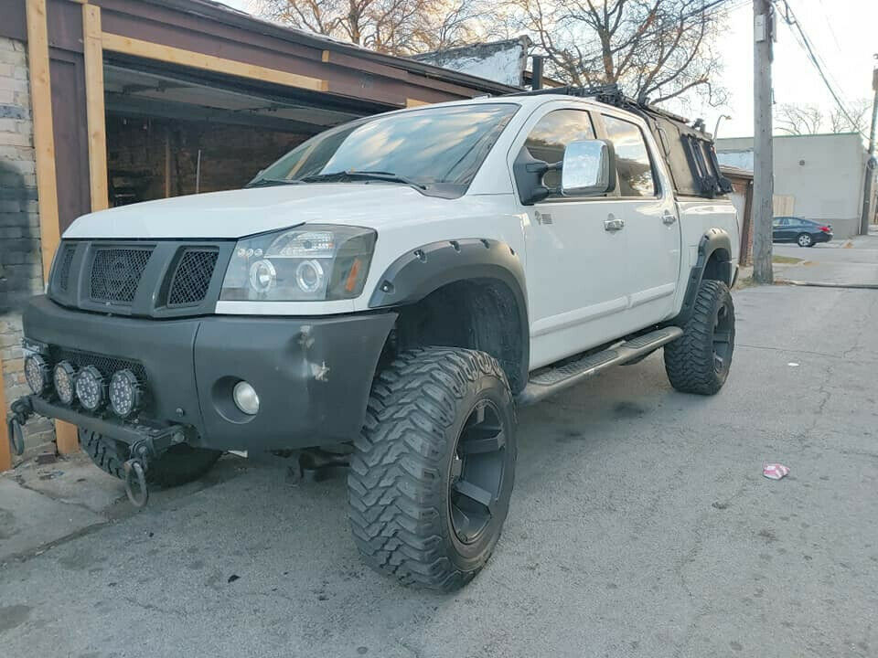 upgraded 2004 Nissan Titan LE offroad