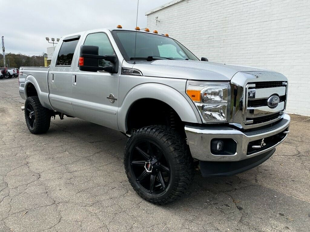fully loaded 2015 Ford F 250 Lariat offroad