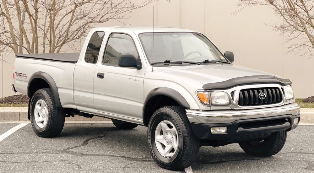 2003 Toyota Tacoma 4X4 offroad [low miles]
