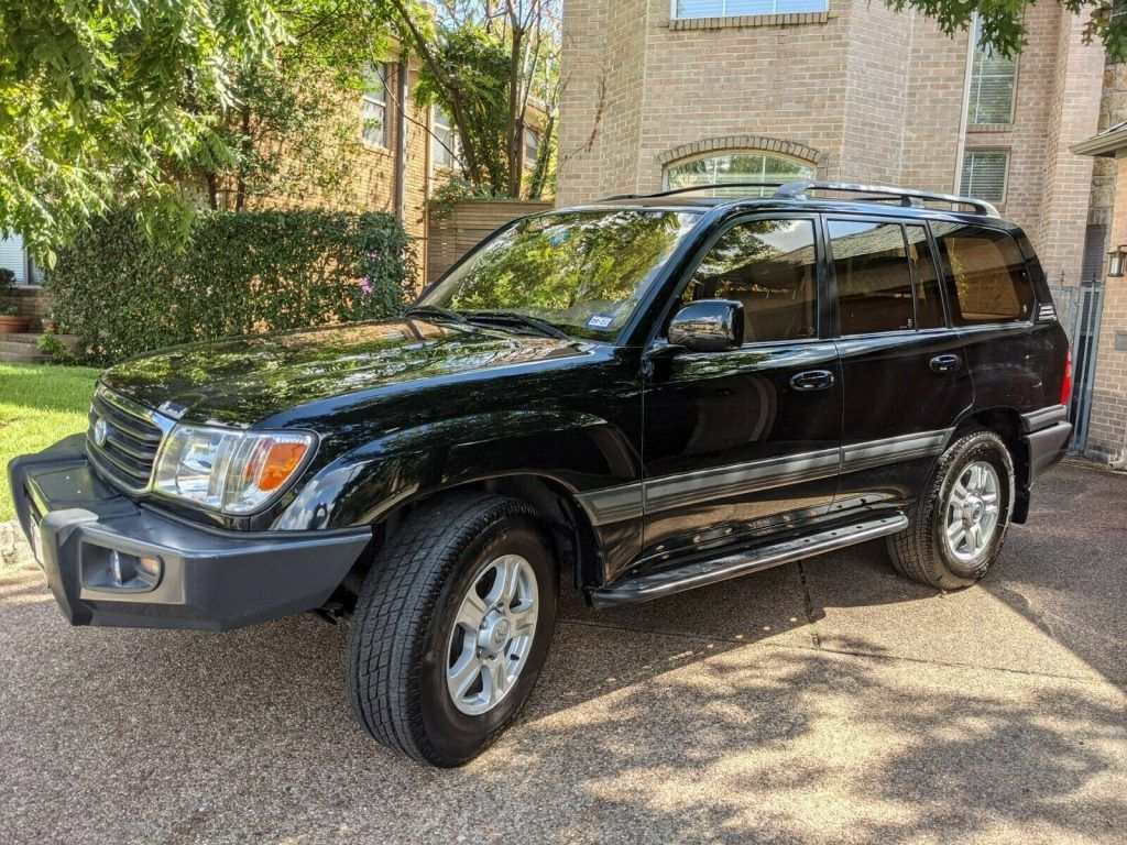 2000 Toyota Land Cruiser offroad [well maintained and garage kept]