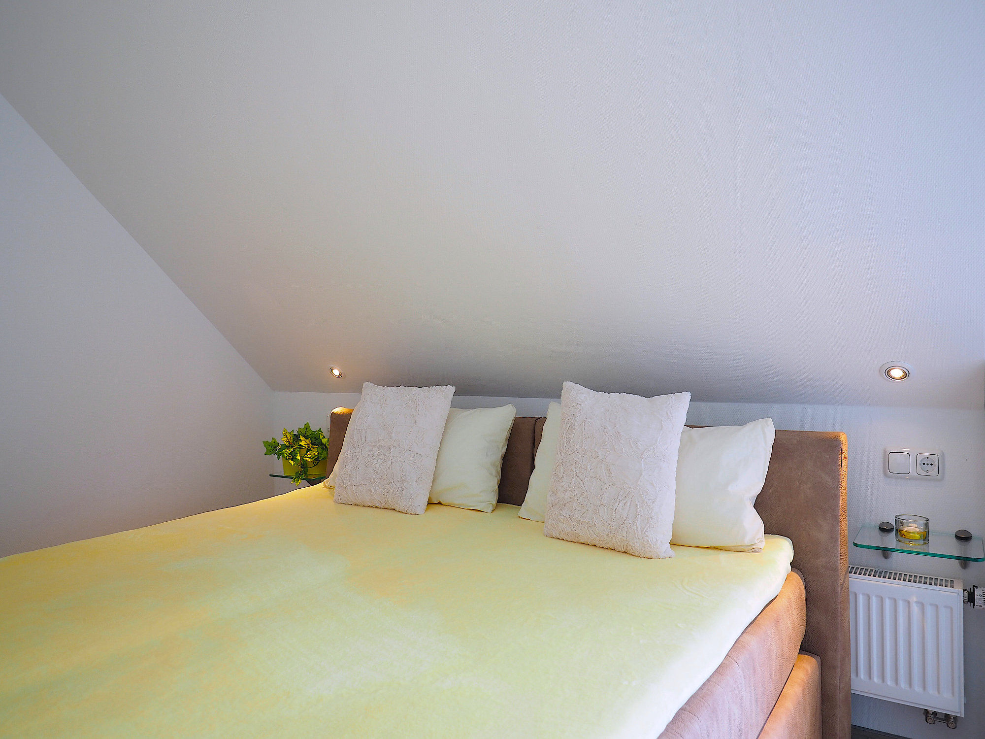 Zweites Schlafzimmer mit Doppelbett