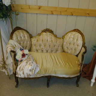gold cushion loveseat with gold wood trim