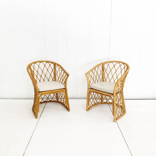 Wicker Rounded Back Chairs with Cream Cushion