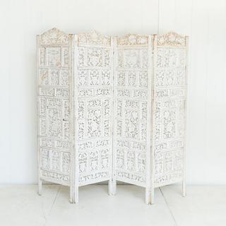 Romantic Wooden Lace Ceremony Backdrop