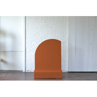 rust colored panel free standing backdrop