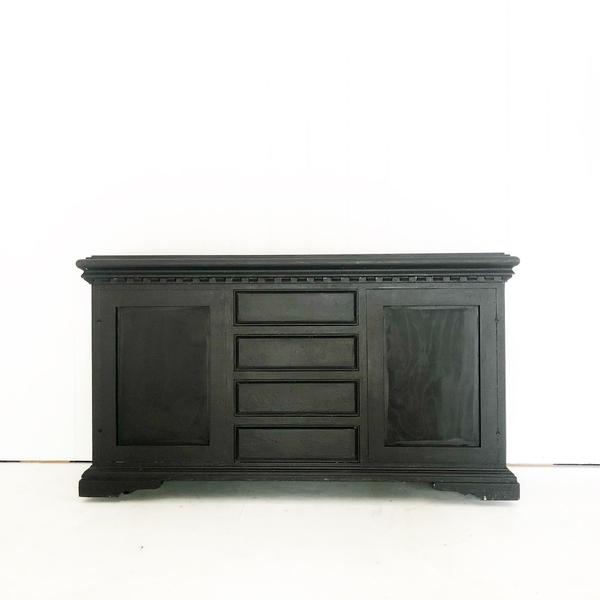 Modern Black Wooden  Bar