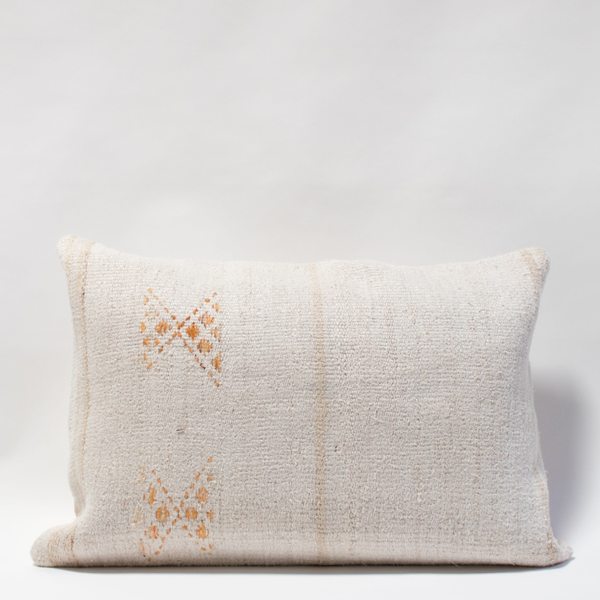 Pillow // Neutral Hemp Lumbar