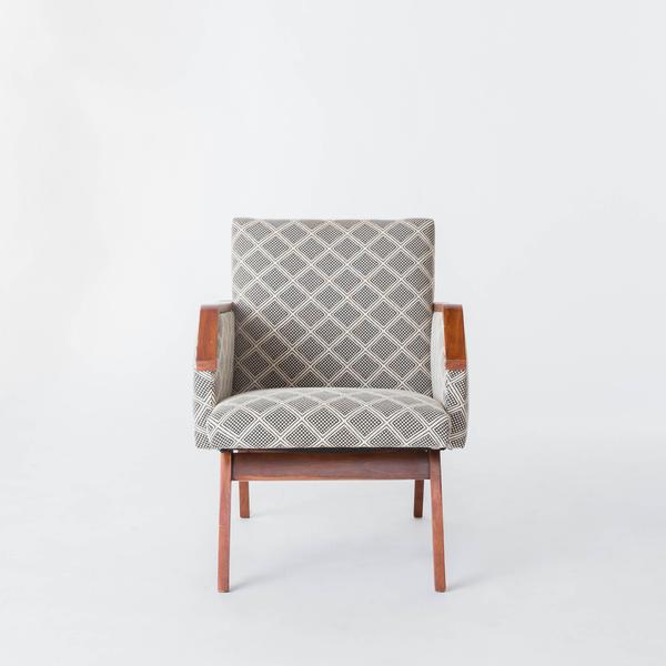 Dominic Chair