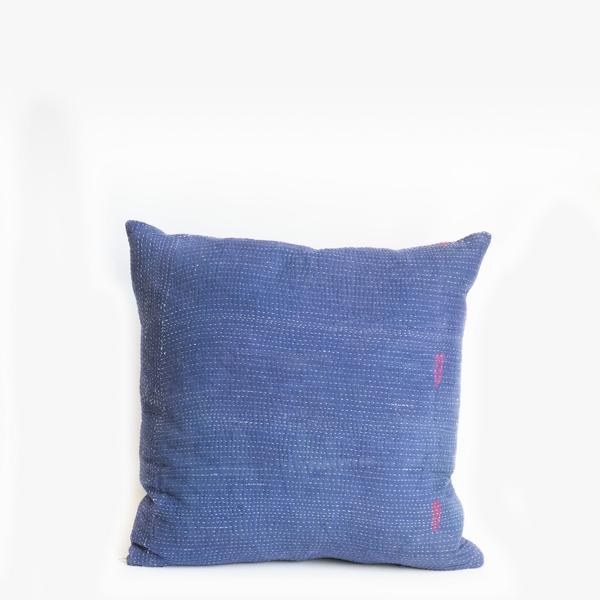 Pillow // Indigo Kantha, med