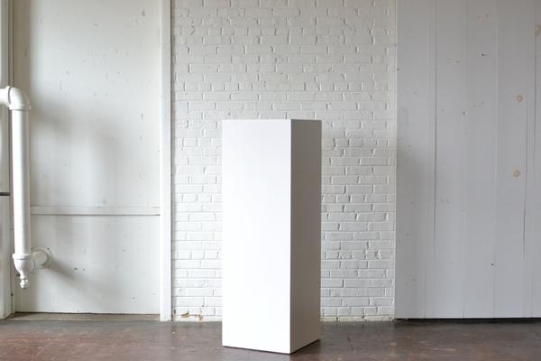 Customizable wooden pedestal