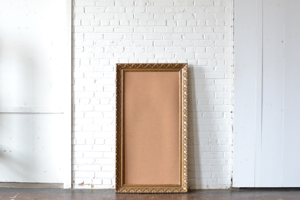 Frame #G10 with Corkboard