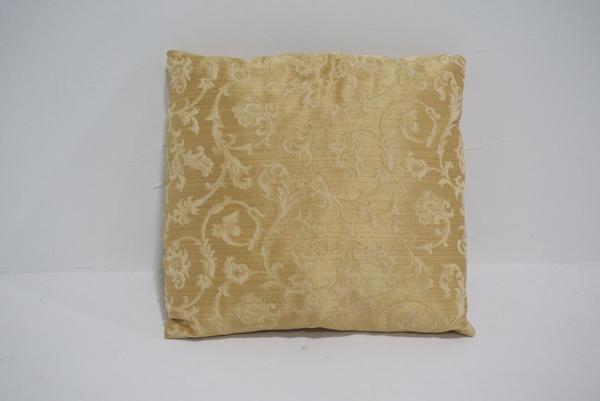 gold pillow #10 (sm)