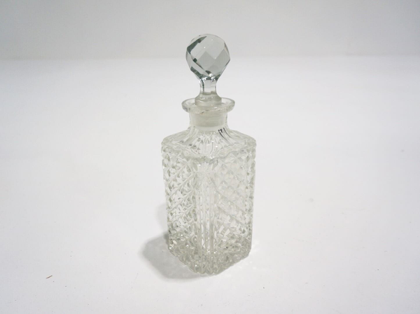 crystal decanter 1