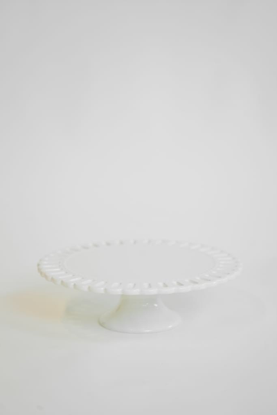 "12"" ivory scalloped edge cake stand"