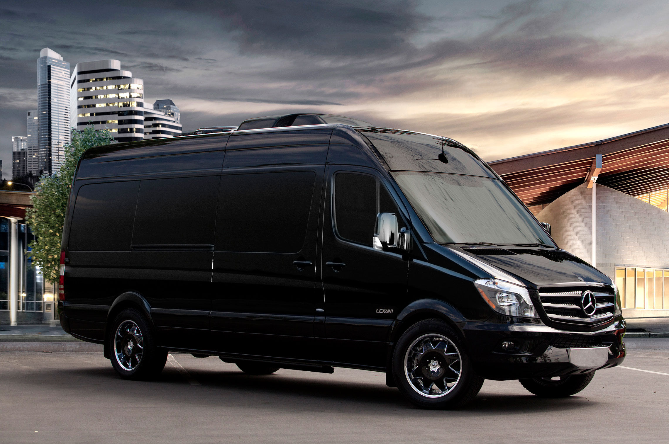 boutique-tours-in-spain/Madrid/car-with-driver-rental-madrid-8/mercedes-benz-sprinter-1-2281x1515.jpg