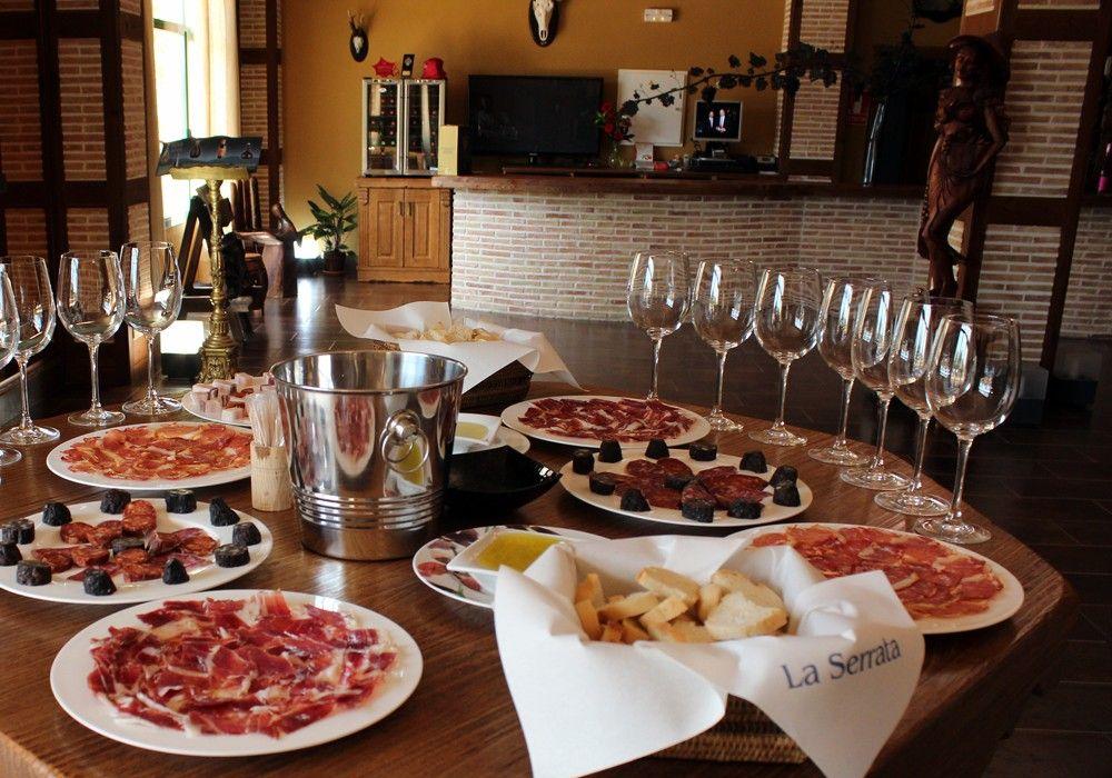 img/gastronomic-experience-alicante/degustation-winery-alicante.jpg