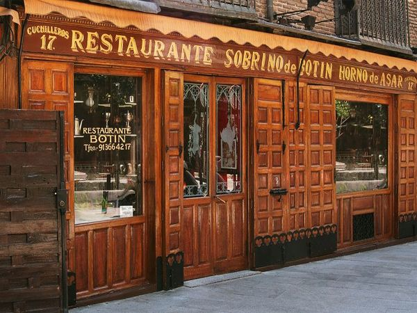 boutique-tours-in-spain/Madrid/hidden-treasuries-centenary-tabernas-of-madrid/madrid-guided-tour.jpeg