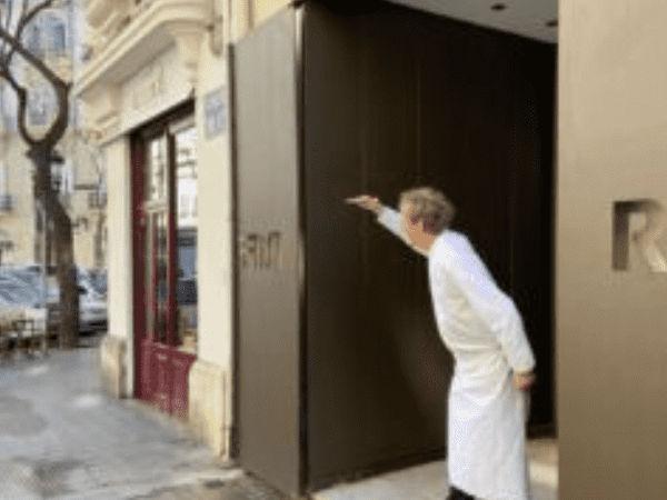 img/experiencia-gastronomica-valencia-alta-gastronomia-estrella-michelin-showcooking-en/Bern-knoller-valencia-riff-restaurant7.png