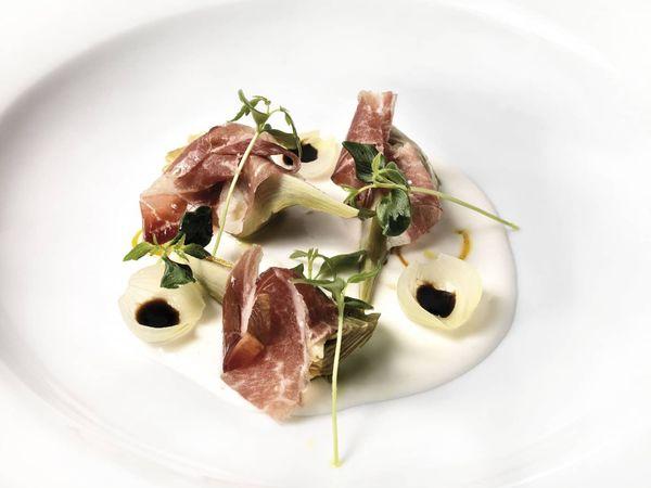 img/experiencia-gastronomica-valencia-alta-gastronomia-estrella-michelin-showcooking-en/riff-bernd-knoller-chef-michelin.jpeg