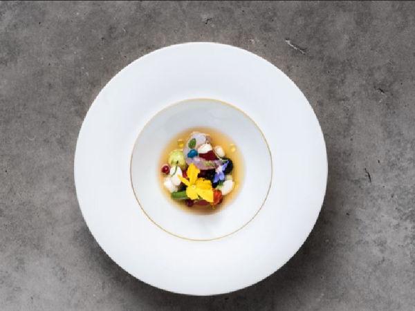 uploads/609ce0b4b530ac69c163626e/RICARD-CAMARENA-RESTAURANTE.-2-estrellas-michelín.-mejores-restaurantes-de-españa-en-valencia-para-comer-o-cenar-ALTO-TURISMO3.jpg