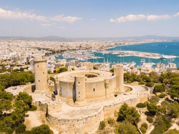 uploads/60d4371d9a82aa0215b855d6/Gastro_Cult_Majorca_Exclusive_City_Tour_9.png