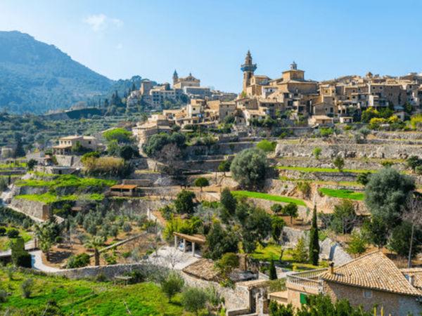 uploads/60d43c0e9a82aa0215b855da/Majorca_Exclusive_Valldemosa_Tour_1.png