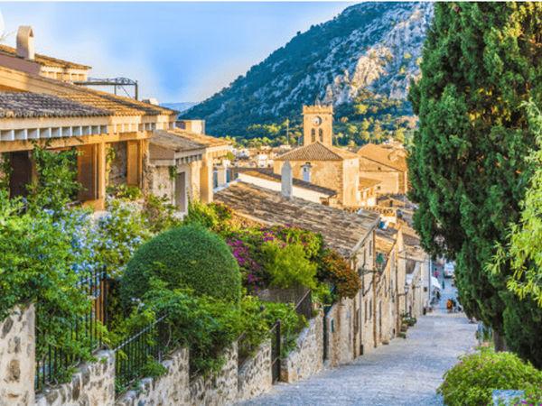 uploads/60d43c0e9a82aa0215b855da/Majorca_Exclusive_Valldemosa_Tour_4.png