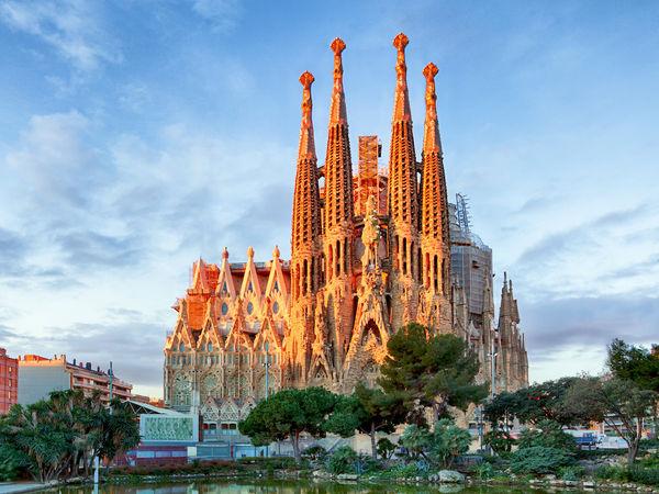 uploads/60d460fe3200bb0af774f9da/barcelona-gastrocult-exclusive-experiences.jpeg