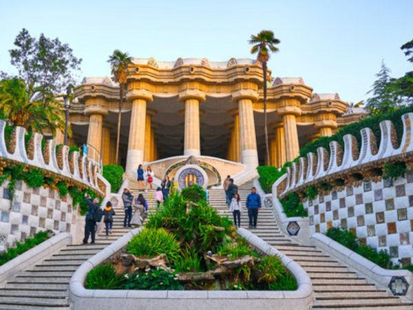 uploads/60d460fe3200bb0af774f9da/barcelona-gaudi-gastrocult-exclusive-experiences-spain0.png