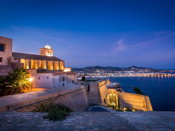 uploads/60d464c5f99f657df313562e/Ibiza_Exclusive_Walking_Tour_6.jpg