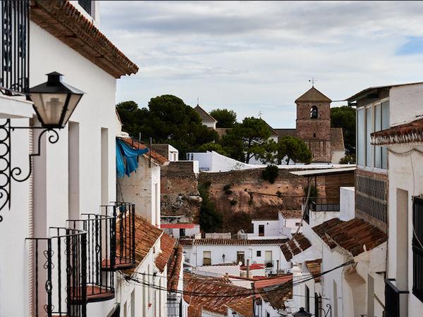 uploads/60d98eca4752070adea93dbb/Costa_del_Sol_Mijas_City_Private_Tour_5.png