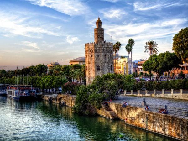 uploads/60d99490c2b3e47954bc673a/Costa_del_Sol_Excursion_Seville_9.png