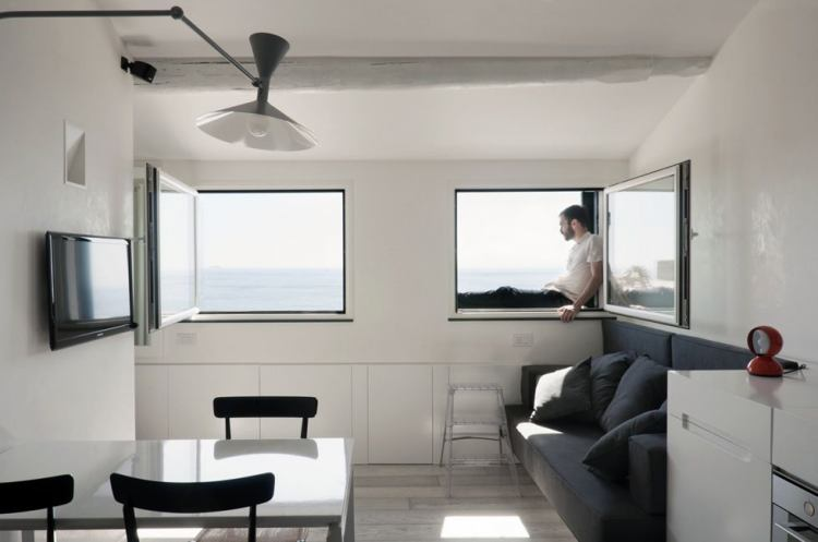 harbor attic small apartment 3 - Two bedrooms, a studio, a living room, a kitchen and a bathroom squeezed into a 376 ft2 apartment